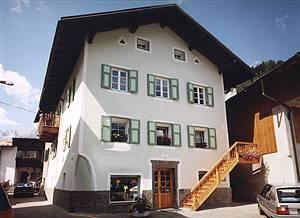 Appartamenti chalet orchidea penia canazei for Piani di casa chalet sci