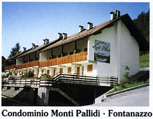 Appartamenti dolomiti holidays canazei for Immobiliare canazei