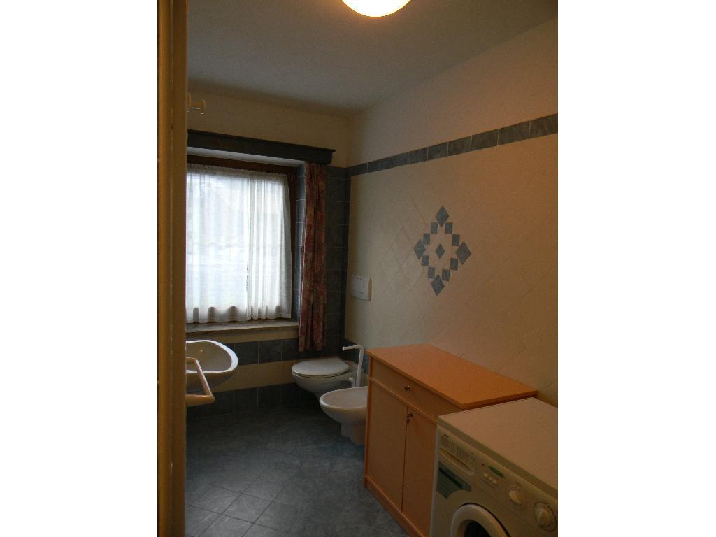 Appartamenti agritur majon de coluzi e deluca paolo for 3 camere da letto 2 bagni piani piano aperto